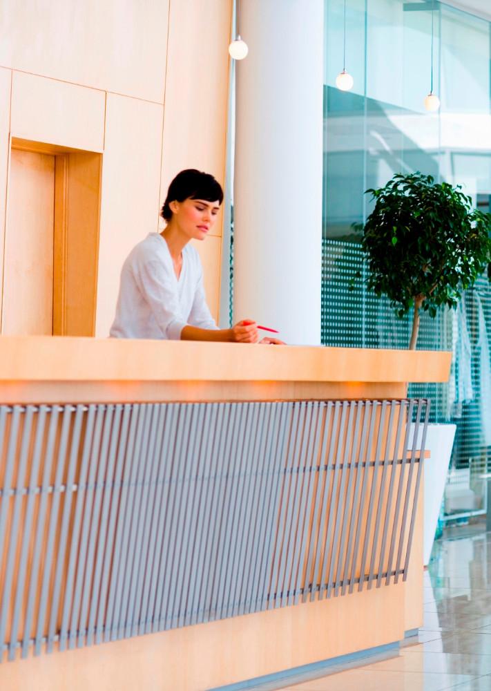 Conserjes en madrid servicios de conserjeria en madrid for Empresas de mantenimiento de edificios en madrid